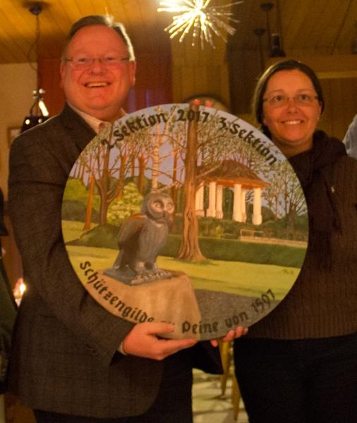 Glückliche Gewinner der Scheibe: Uwe und Gabriela Freundel